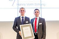 Nicolai Lammert, wissenschaftlicher Mitarbeiter am IKV, und Torben Fischer, Oberingenieur am IKV, bei der Preisverleihung in Heidenheim | Foto: Hanns-Voith-Stiftung