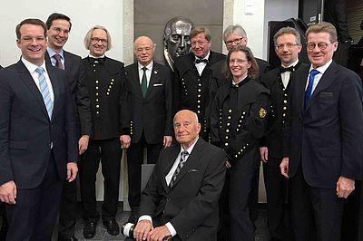 Ehrendoktorwürde für Professor Menges