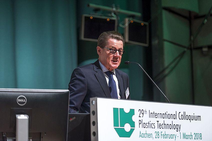Dr.-Ing. Herbert Müller, Vorstandsvorsitzender der Surteco SE und Vorstandsvorsitzender der IKV-Fördervereinigung