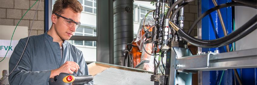 Auf den aktuellen Bezug zur industriellen Praxis legt das IKV beim Angebot von wissenschaftlichen Arbeiten für Studierende großen Wert.
