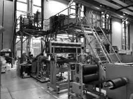 Schaumextrusionsanlage im IKV-Technikum